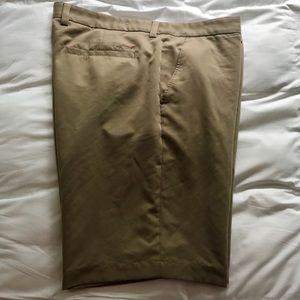 EUC Greg Norman for Tasso Ella tan shorts, 40T